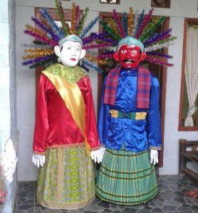 Ondel-ondel, boneka khas Betawi./foto: subhan
