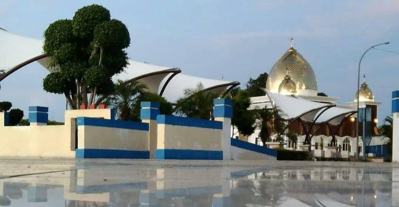Mesjid Terapung Samudra Ilahi di Painan, Sumatera Barat. (instagram farhankadga_05reall)